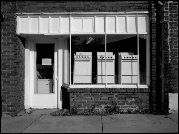 appliance store - b&w photo - fuji gs645