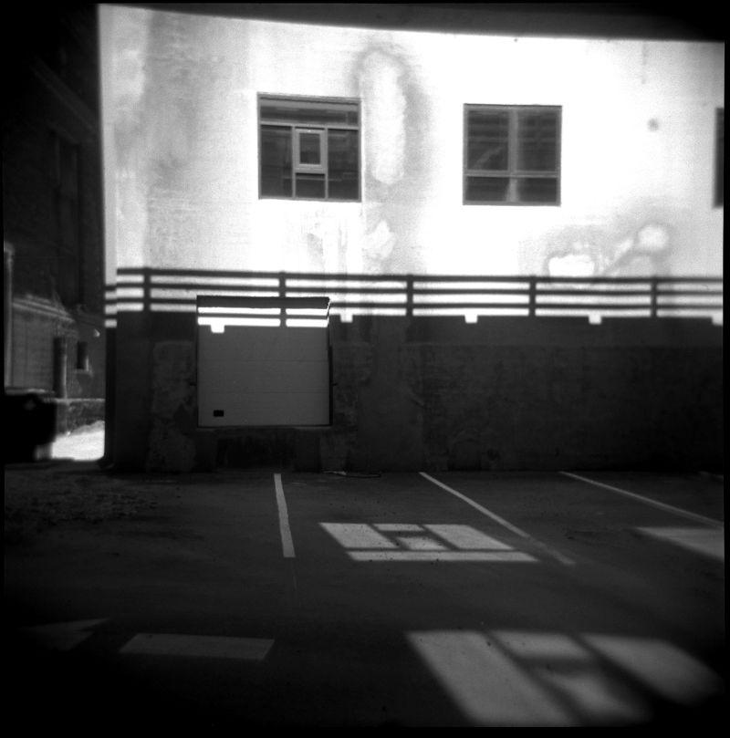 dark alley photograph, b&w, kansas city alley