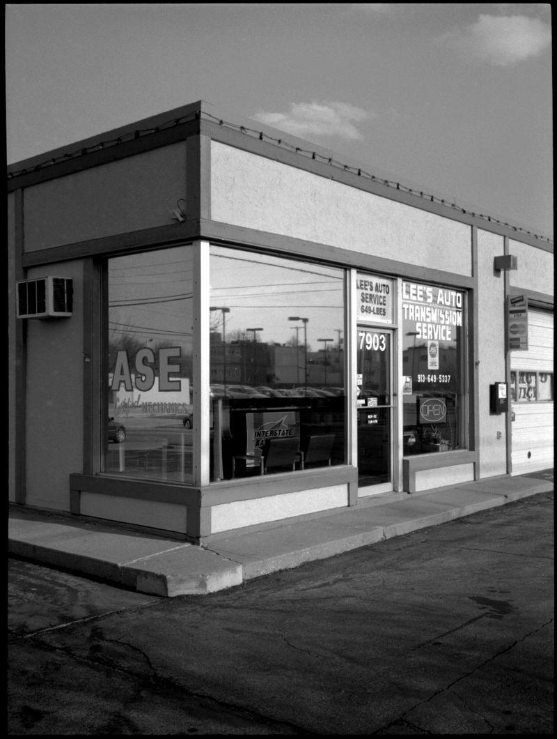 auto shop photo, overland park kansas photo, b&w