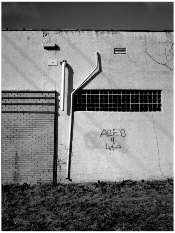 graffiti wall b&w photo, overland park graffiti