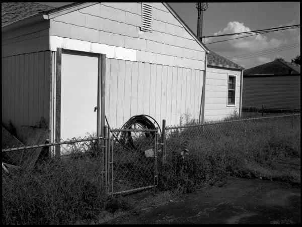 overland park kansas, empty house, photograph