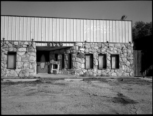abandoned restaurant in kansas city, missouri