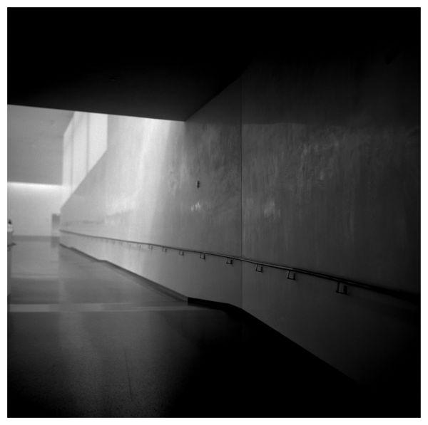 nelson-atkins bloch building hallway