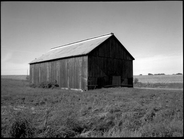 barn near beverly, missouri - rural missouri farm