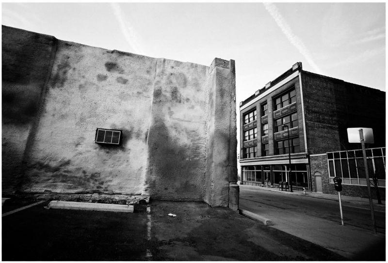 wide angle street photo - downtown kcmo