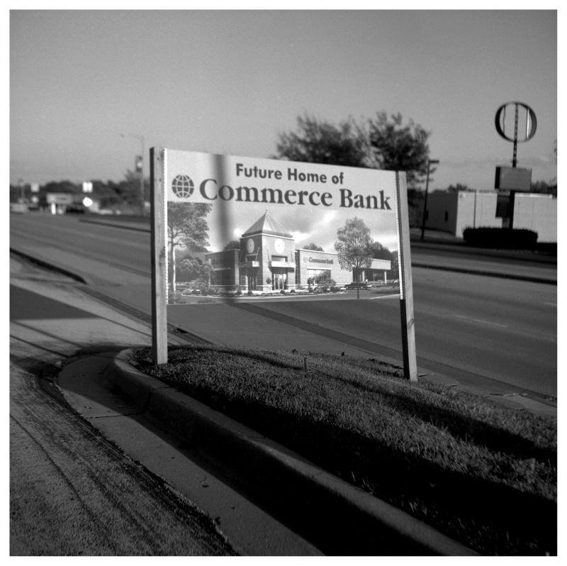 commerce bank sign - mission, kansas