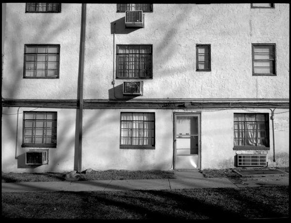 apartment building in leavenworth, kansas