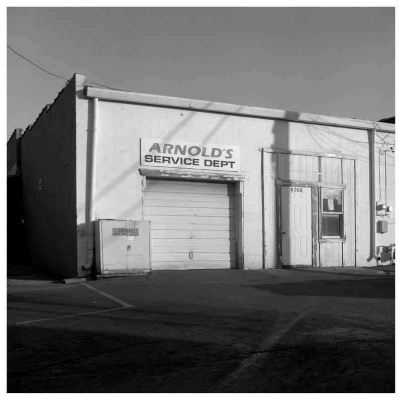 arnold's service dept. - grant edwards photograph