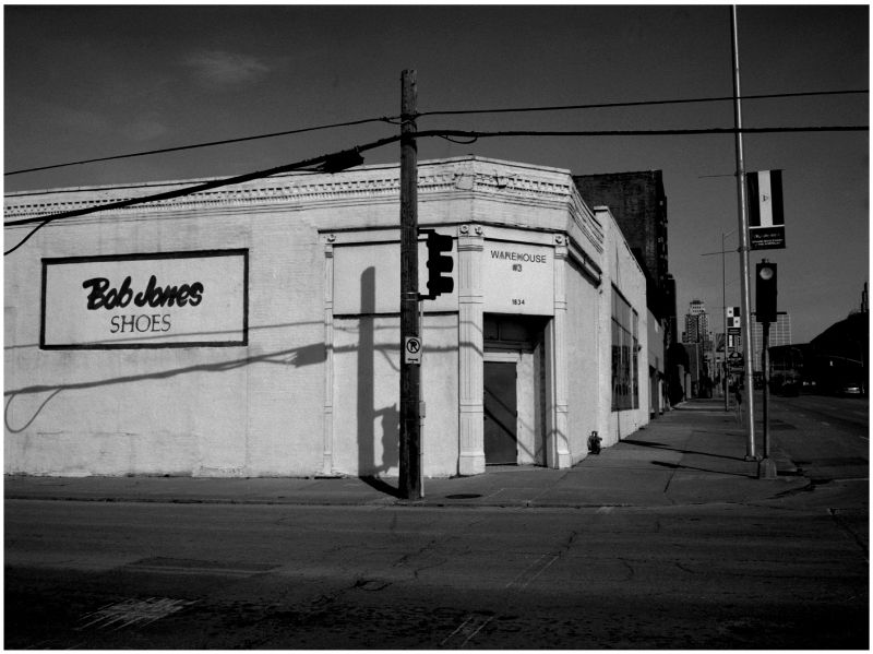 bob jones shoe warehouse - grant edwards photograh