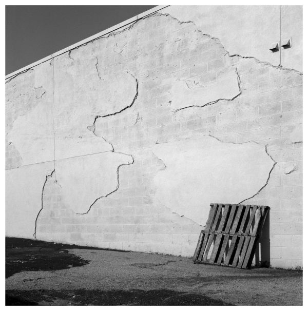 chipping wall - grant edwards photography