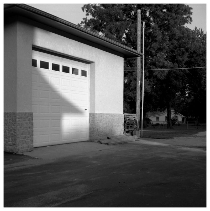 tall garage - grant edwards photography