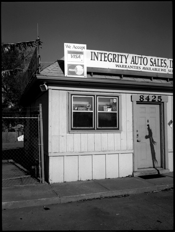 store sign cars
