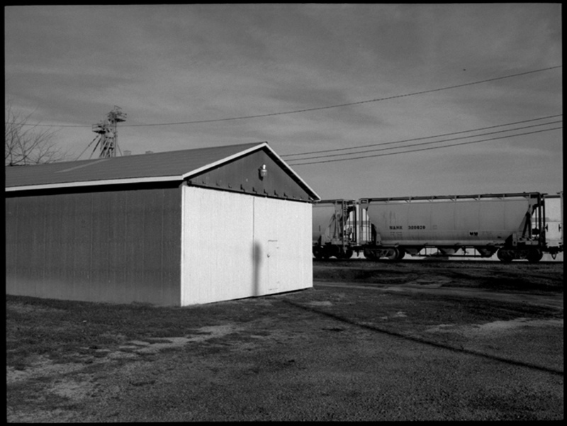 garage & train - grant edwards photography