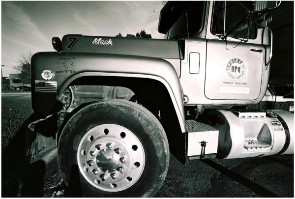 mack truck - grant edwards photography