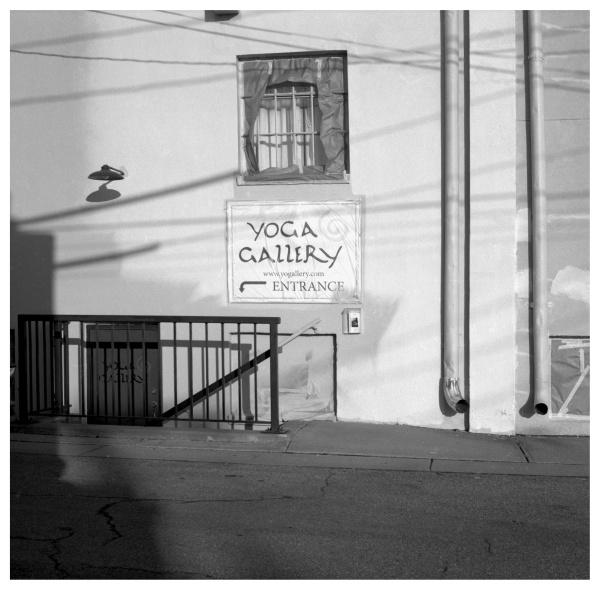 yoga entrance - grant edwards photography
