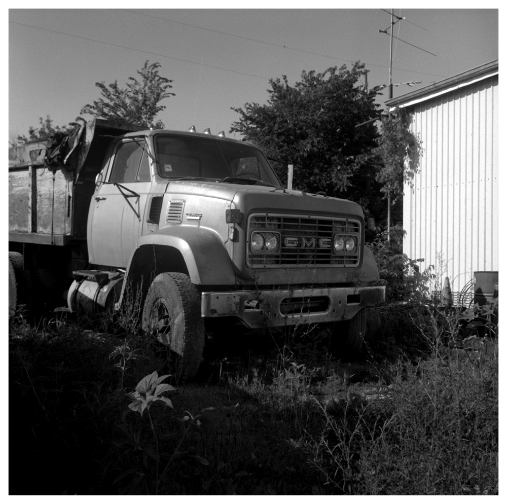 old dump truck - grant edwards photography