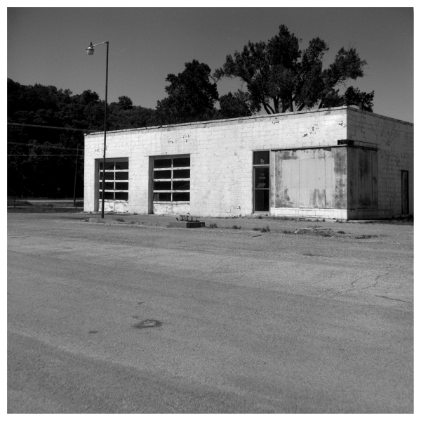 highland gas station - grant edwards photography