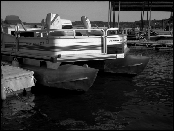 pontoon boat - grant edwards photography