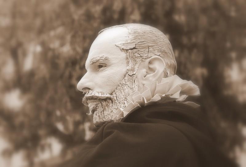 Statue man - 1/2