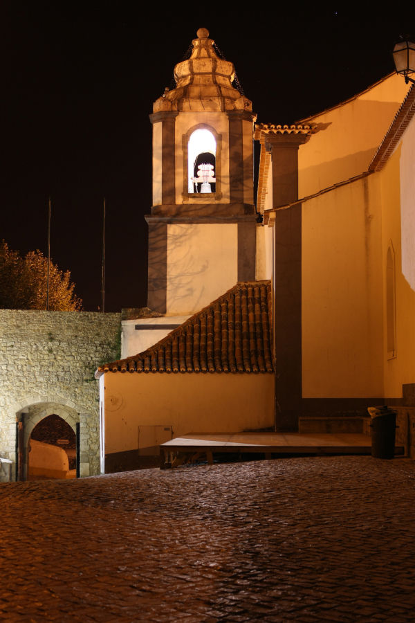 Discovering Óbidos by night - II