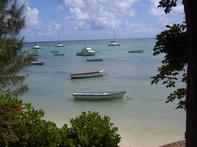 Mauritius a glimpse of the ocean
