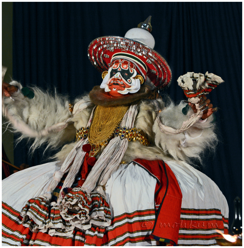 Kathakali, a classical Indian dance-drama!