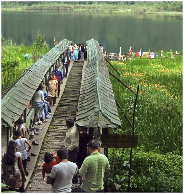 Towards the sacred Lake!
