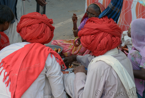 The colourfull Rajasthani turban!