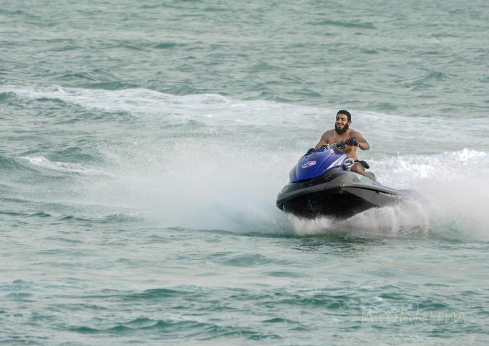 jetskying breakwater corniche abudhabi