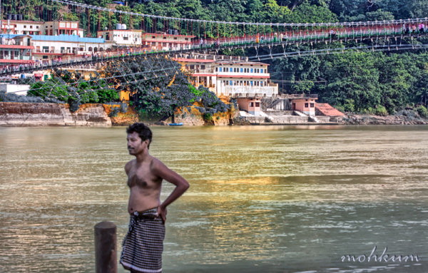 laxman jhula devotee ganga river rishikesh