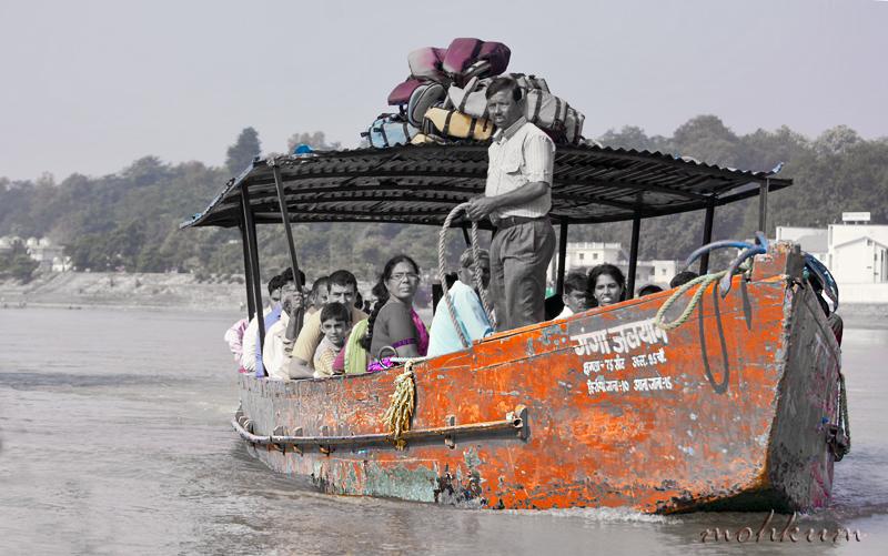 river boat ganga rishikesh