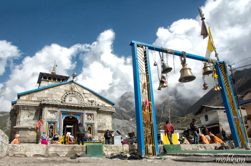temple siva kedarnath mountain glacier utharakhand