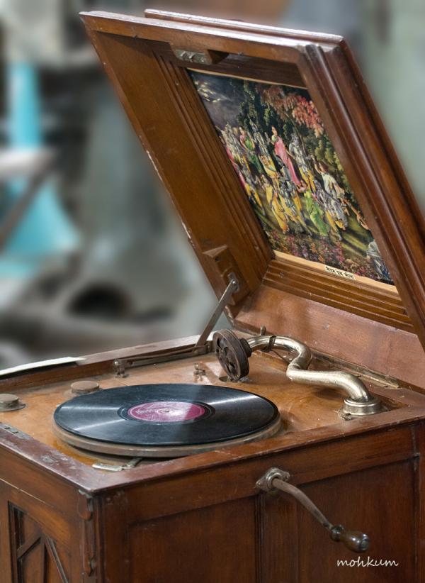 gramophone record music 78rpm antique