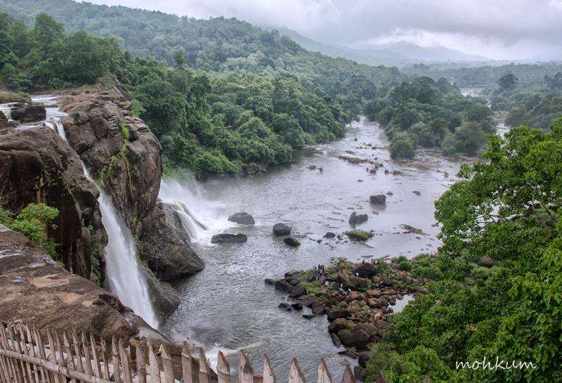waterfalls athirampilly chalakkudy