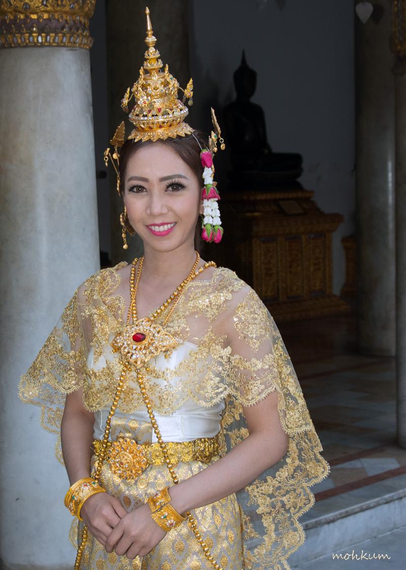 model costume thailand