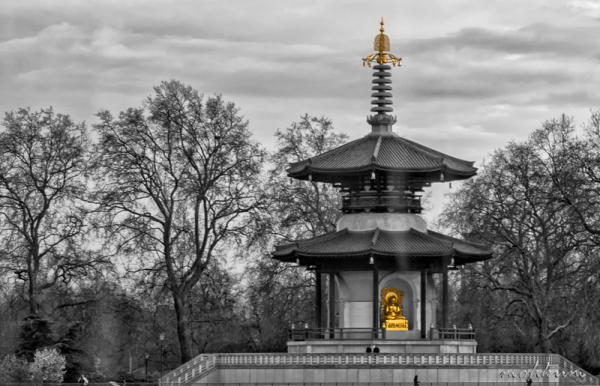 pagoda buddha peace battersea park london
