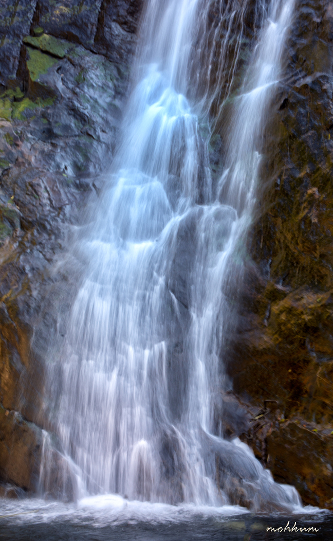 palaruvi waterfalls aryankavu