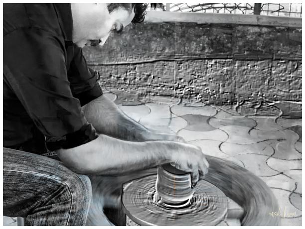 pottery wheel clay pot park kaduthuruthy