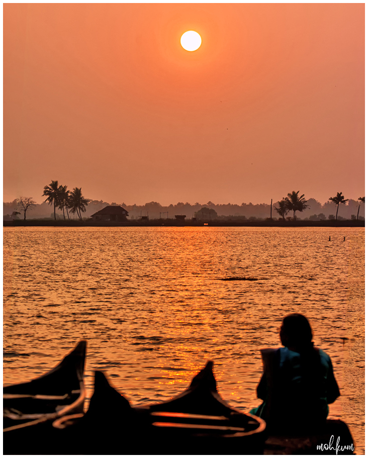 sunset backwaters kadamakkudy
