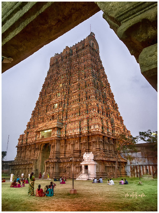 gopuraam tower siva temple tenkasi