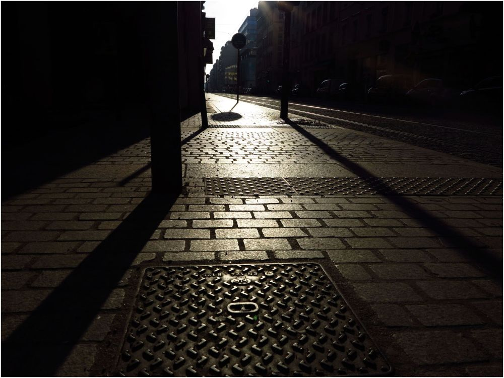 sun Lyon streets