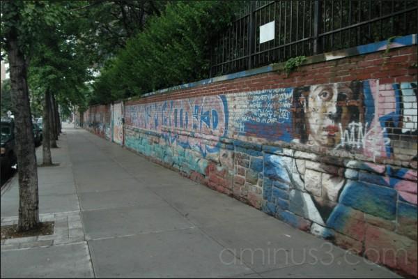 """""""Wings"""" graffiti, New York, NY. 07/2006"""