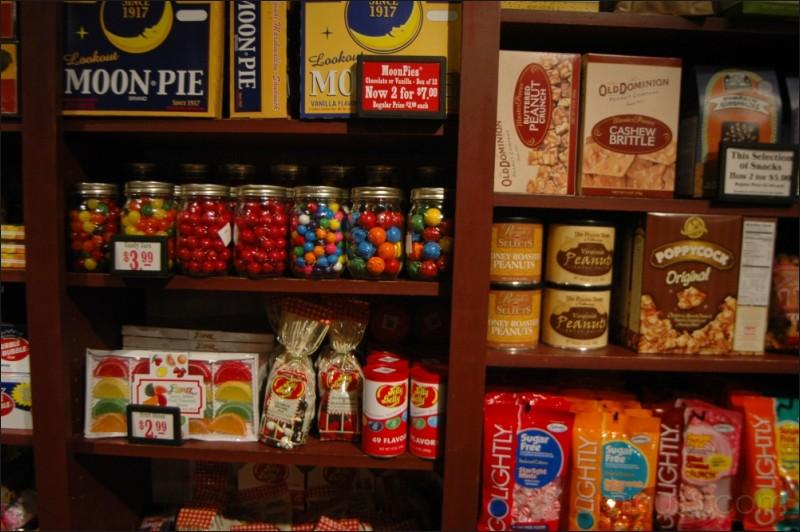 Cracker Barrel, Texas Rest Stop, 08/2007.
