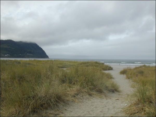 Path to the coast, Seaside, OR. 09/2003.
