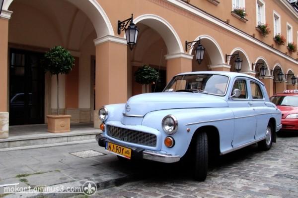 Warszawa (a car)