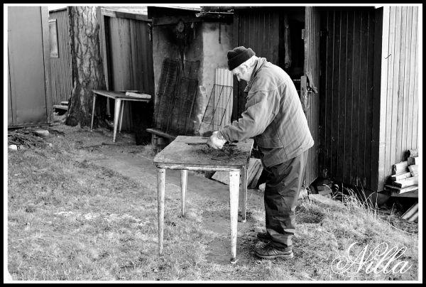 smokehouse preparatory work
