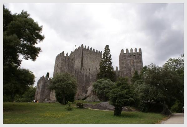 Castelo de Guimarães, Guimarães Castle