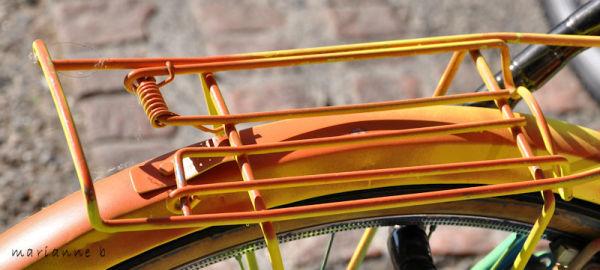 La bicyclette orange ...