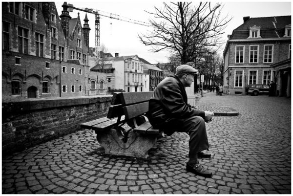 sitting & waiting ...