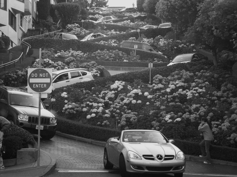 Lombard crooked switchback  street San Francisco